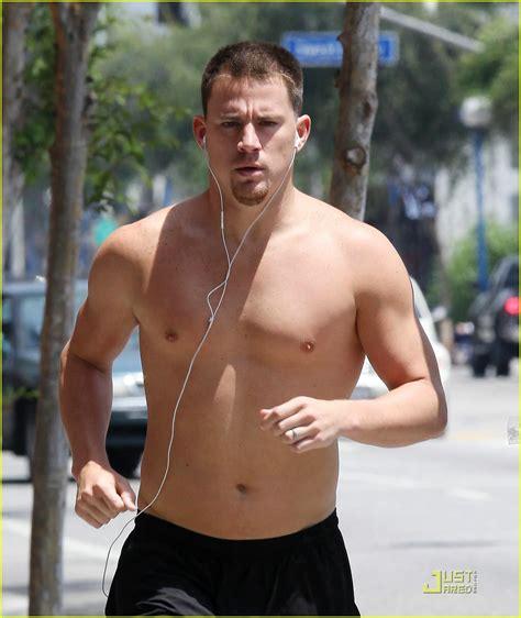 mens love men neked channing tatum goes shirtless running photo 1910621