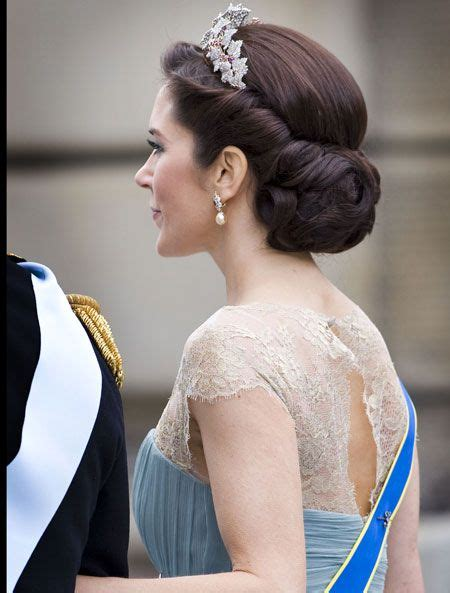 gorgeous princess wedding hairstyles 2015 2016