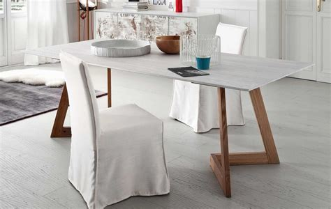 altacorte tavolo tavolo fisso barcellona di altacorte con piano in legno e