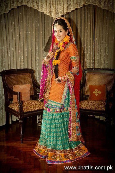 Colourfull Pink Prewedding Gown 17 best images about mehndi clothes on bridal