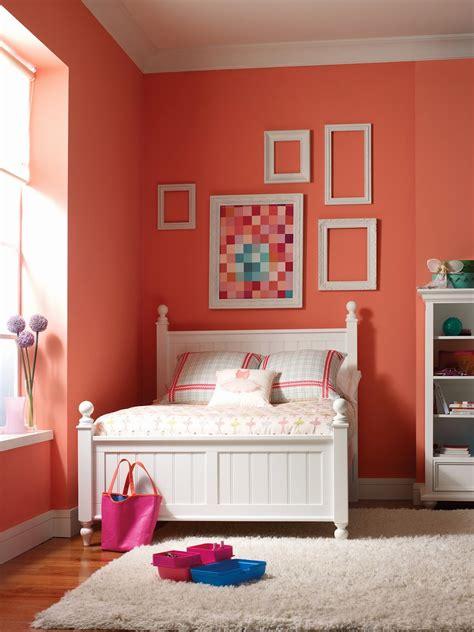 habitaciones para adolescentes color coral dormitorios