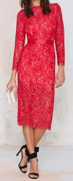 Sulis Maxi Pool Wear Silk And Lace On