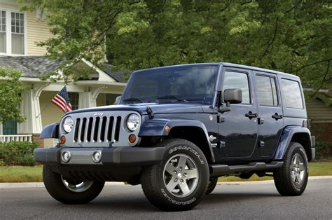 Jeep Wrangler Editions 2012 Jeep Wrangler Freedom Edition Honors Members