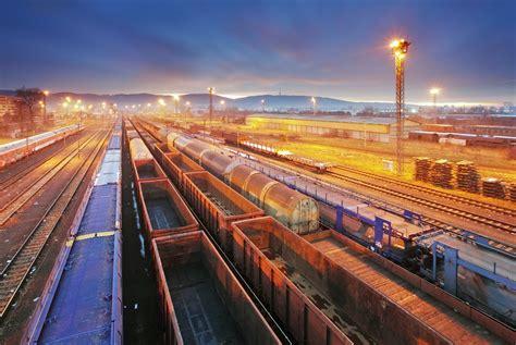 freight train  uk sets   china europe rail