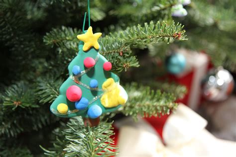 toddler diy project crayola model magic christmas ornaments
