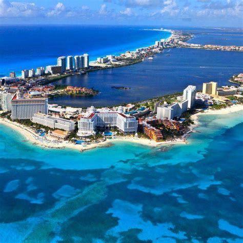 cancun mexico amazing tourists destination   world