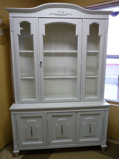 City Girl Island Living Painted Furniture China Cabinet Painted China Cabinet Ideas