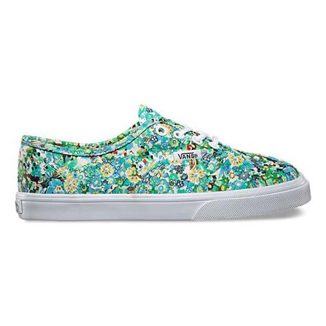 Diskon Vans Authentic Lo Pro Ditsy Floral Pool Green Original ditsy floral authentic lo pro shop shoes at vans