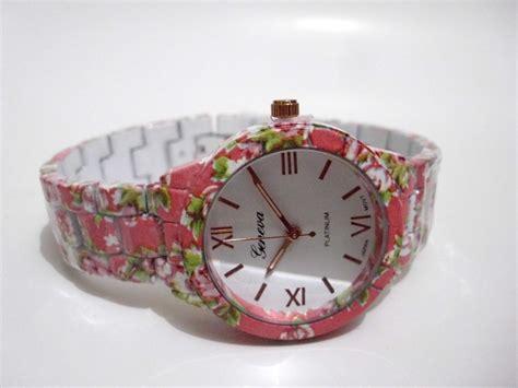 Jam Tangan Wanita Cewek Geneva Bunga Rantai Pink Kglq jual jual jam tangan cewek wanita keramik merk geneva motif bunga mawar jkstore