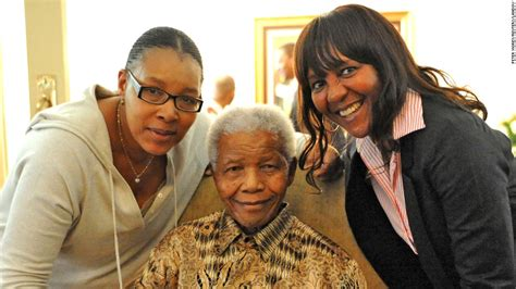 child friendly biography of nelson mandela nelson mandela 10 things to know about his wife graca