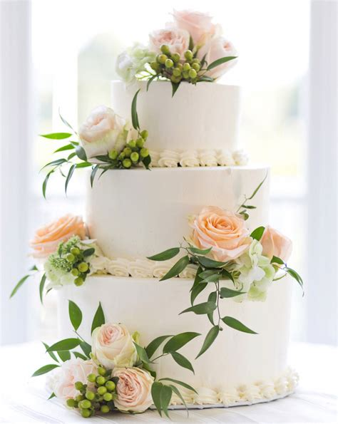 Fresh Flower Wedding Cake by Wedding Cake Ideas Small One Two And Three Tier Cakes