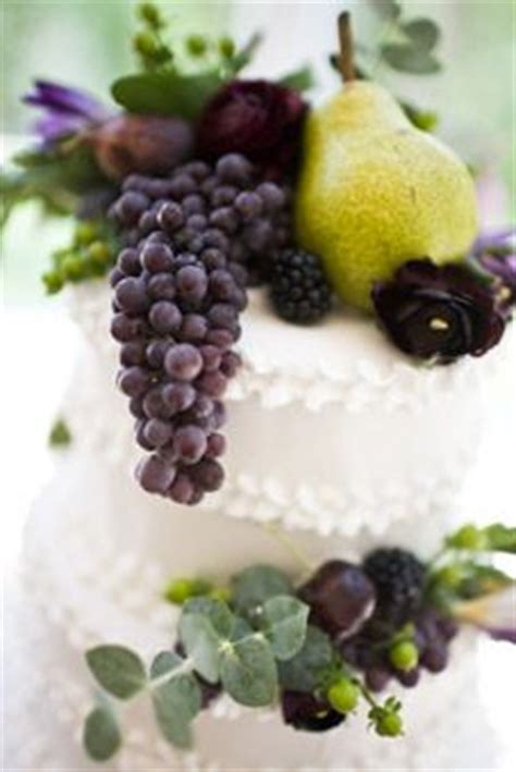 sweet delights wedding cakes houston tx 1000 images about wedding on vineyard purple