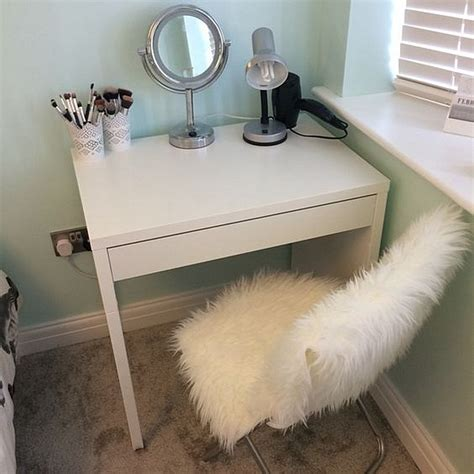 Small Makeup Vanity Desk Ikea Micke Make Up Vanity For Small Spaces And Small Budgets Minimalist Desk Design Ideas