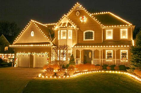 christmas light rentals why hang your own lights if someone else will climb the ladder csmonitor