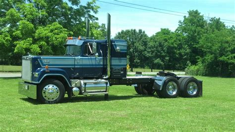 Mack Superliner With Sleeper For Sale by 2015 Kenworth W900l For Sale Quotes
