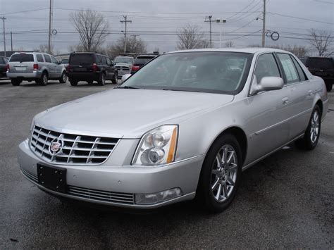 how to learn about cars 2009 cadillac dts navigation system 2009 cadillac dts information and photos momentcar