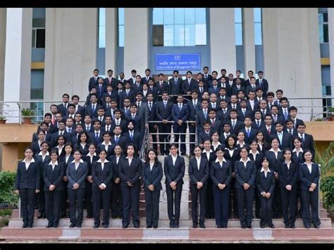 Iim Distance Learning Mba Placements by Iim Raipur Placement Report Of Pgp 2011 2013