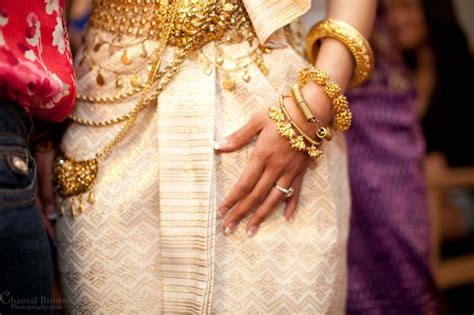 Nnc Dress Muslim Aprodita Dress 1 17 best images about traditional weddings on cambodian wedding japanese wedding