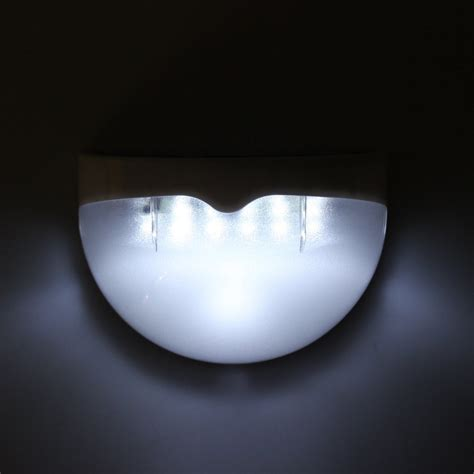 6 led solar powered outdoor wall light with montion sensor
