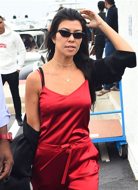 kourtney kardashian kourtney kardashian boarding a plane in cannes 05 26 2017