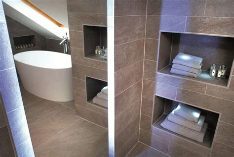installing a bathroom suite image003