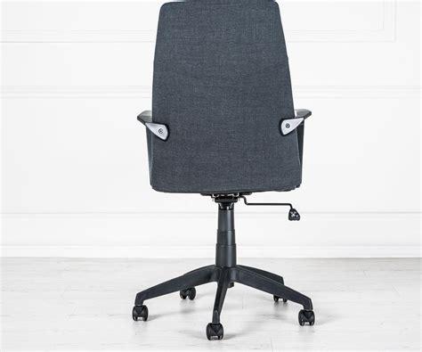 poltrona con rotelle poltrona da ufficio edwin nera con rotelle duzzle