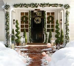 Winter decorating ideas pinterest christmas porch decorating
