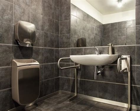 Behindertengerechtes Badezimmer Planen by Barrierefreies Bad Planen Zusch 252 Sse Din Ma 223 E