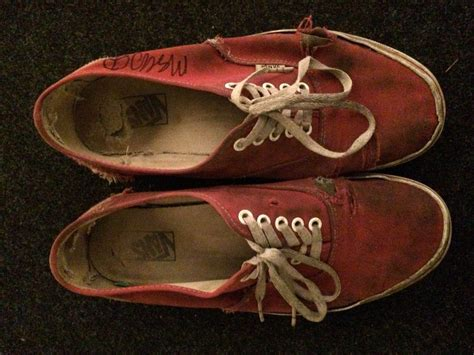 sell sneakers mac demarco s sneakers sell for 21 100 on ebay