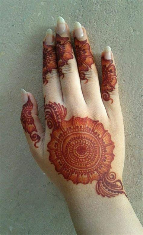 henna tattoo handfl che henna ศ ลปะโบราณสำหร บการตกแต งผ วช วคราวด วยส