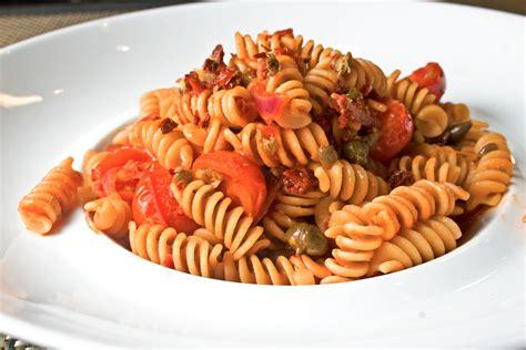 come cucinare la pasta integrale pasta integrale ai tre pomodori ricette marcobianchi d