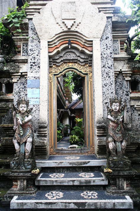 reasons   love traveling  bali indonesia bali