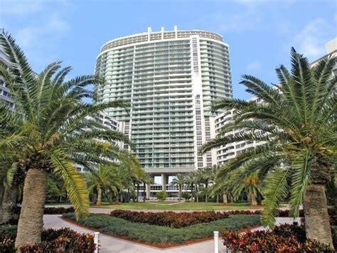 In Vendita A Miami by Ville In Vendita A Miami Lussuosissimo