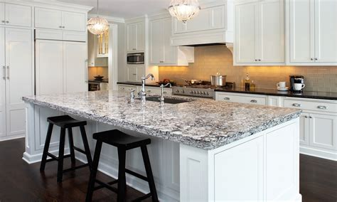 antique white kitchen cabinets with quartz countertops quartz kitchen counters white kitchen cabinets with