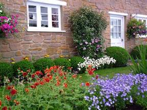 Flowers For A Cottage Garden Pin By Mel Richmond On House Garden