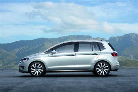 vw golf sportsvan concept unveiled    golf