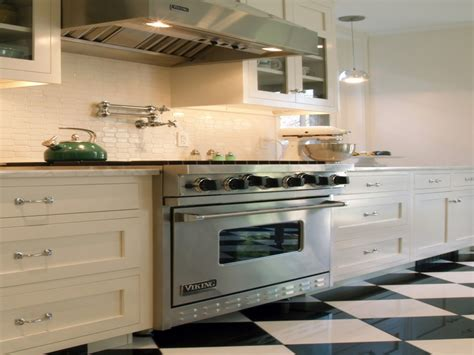 kitchen tile backsplash ideas with white cabinets best kitchen floor tile glass tile backsplash white
