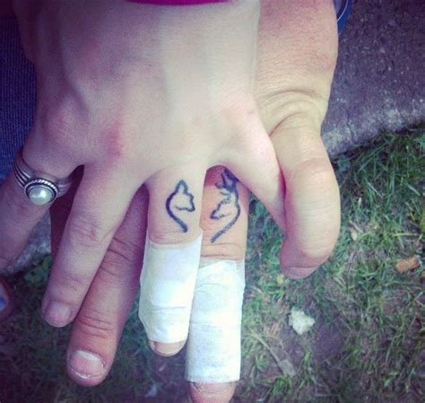 wedding ring tattoo removal 1000 ideas about ring tattoos on wedding ring