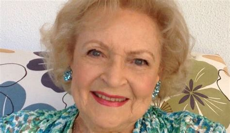 Betty Wants You To Vote by There S Now A Gofundme To Protect Betty White From 2016