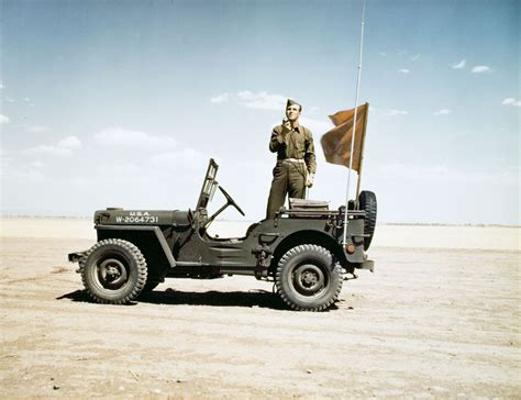 Willys Mb Radio Jeep In Action Jeep At War Pinterest
