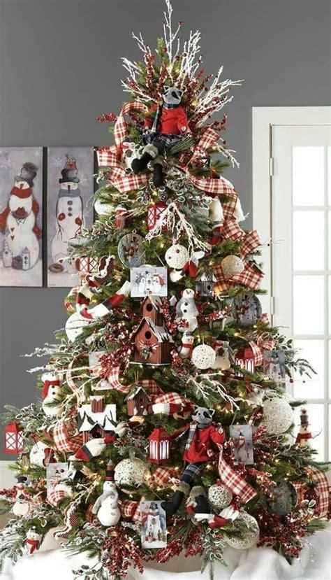 40 ideas para decorar el arbol de navidad 26