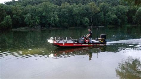 bowfishing boat build best bowfishing boat build i ve seen bowfishing boat