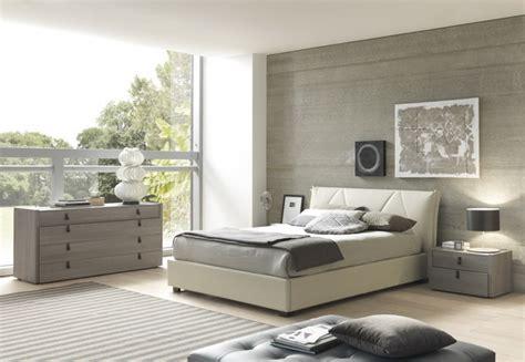 esprit modern eco leather  pc bedroom set  greybeige bed  nightstands  modern