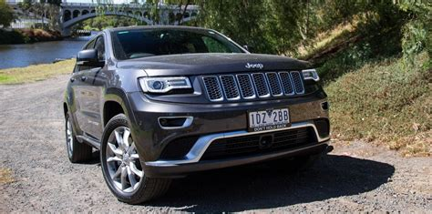 jeep chee review 2015 jeep grand summit platinum 3 0 crd review