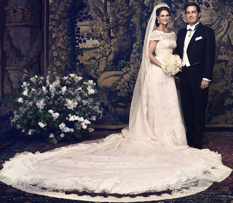 Royal Wedding Dresses by Royal Up Royal Wedding Dresses Kate Middleton Review