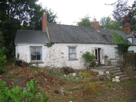 2 bedroom cottage for sale in traditional semi detached