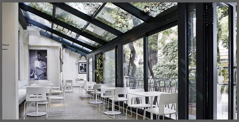 chiudere un terrazzo con vetri come arredare una veranda coperta arredare un terrazzo di