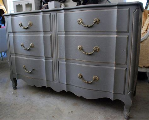 17 best ideas about grey distressed furniture on gray furniture chalk paint