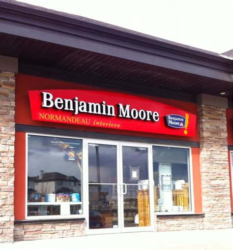 benjamin moore stores benjamin moore paints closed hardware stores 28