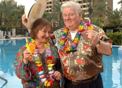 benidorm swinging kenny ireland dies actor best known for his role as